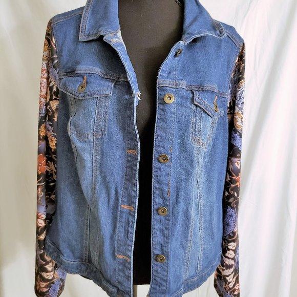 One World Floral Sleeve Jean Jacket (Size 1X)